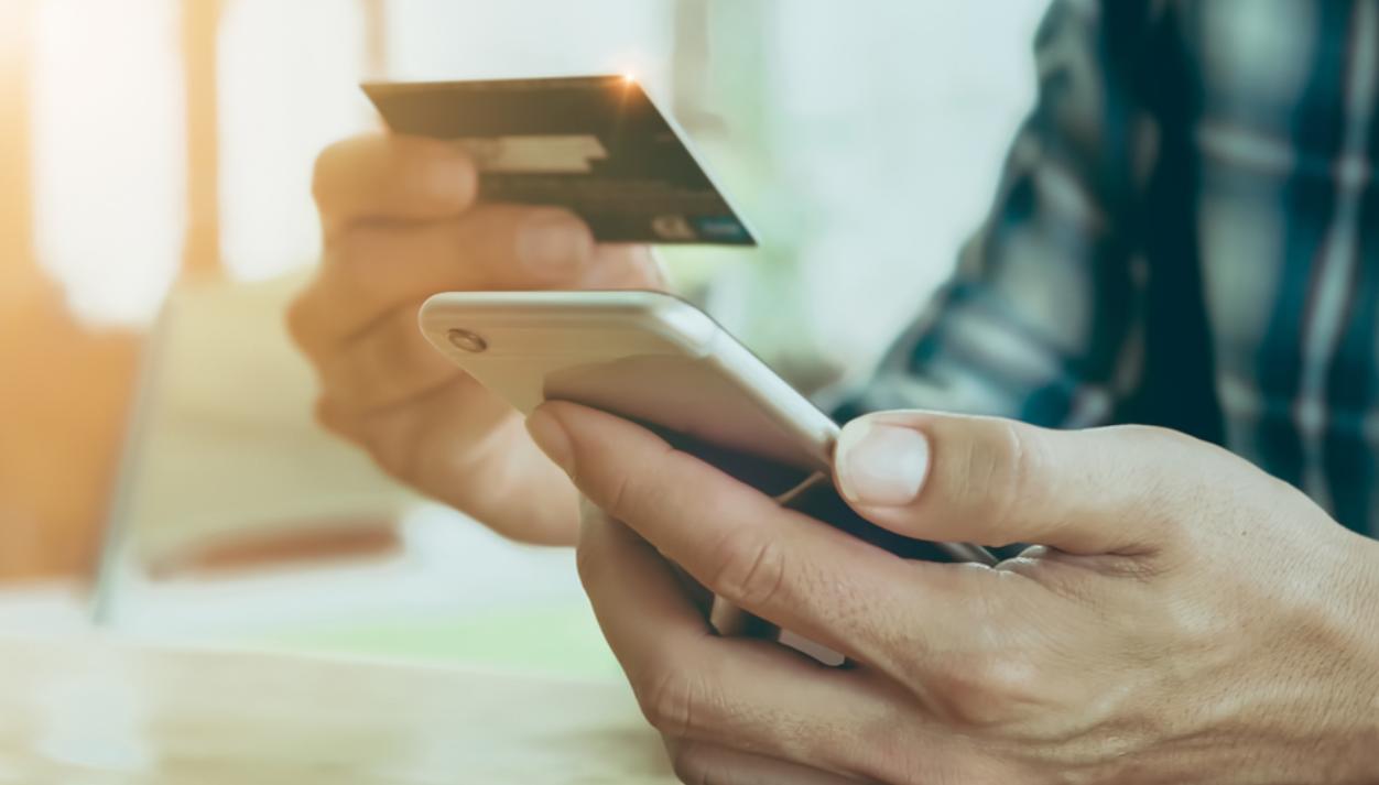 kartu kredit sebagai media pembayaran